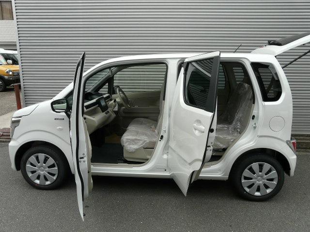 スズキ ワゴンR ハイブリッドFX 全方位カメラ付きフルセグナビ パール色