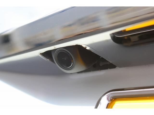 豪華11点セットのバックカメラは夜でも見やすい高画質で耐久性にも考慮します