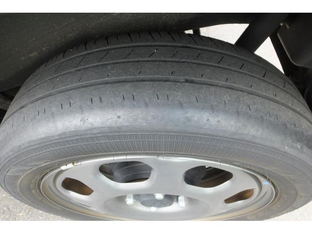 後輪のタイヤの写真です。
