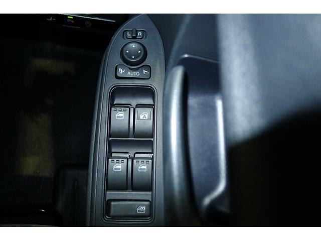 X  2トーンカラー スマートアシスト LEDヘッドランプ キーフリー プッシュスタート オートエアコン 左側パワースライドドア アップグレードパック(13枚目)