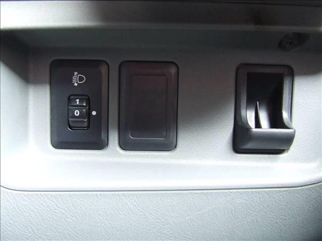 三菱 ミニキャブ・ミーブ 10.5kWh 4シーター 東芝Scibバッテリー・急速充電