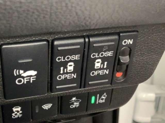 ハイブリッド・EX 当社試乗車 前席シートヒーター 9インチメモリーナビ リアカメラ リア両側パワースライドドア コンビシート 純正15インチアルミ(6枚目)