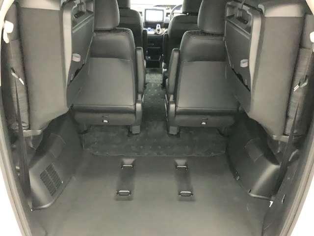 ハイブリッド・EX 当社試乗車 前席シートヒーター 9インチメモリーナビ リアカメラ リア両側パワースライドドア コンビシート 純正15インチアルミ(12枚目)