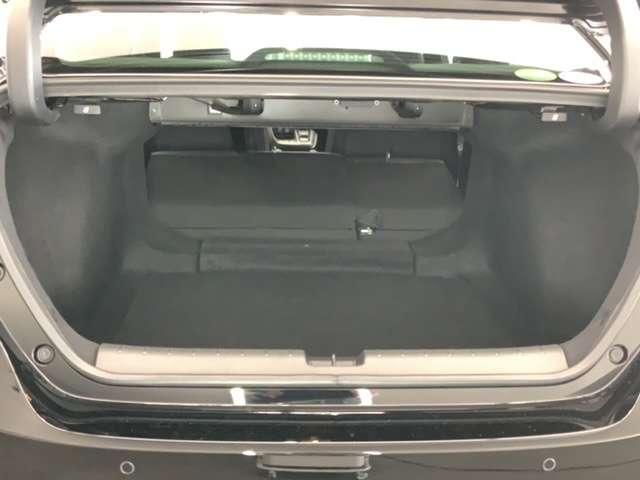 EX・ブラックスタイル Honda SENSING ブラインドスポットインフォメーション Honda インターナビ+リンクアップフリー+ETC2.0車載器〈ナビゲーション連動〉18インチアルミホイール(11枚目)