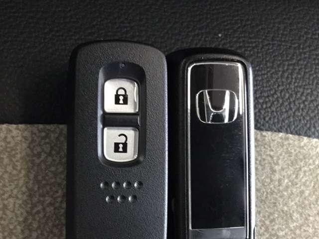 オリジナル 当社デモカー 8インチナビ/Bluetooth・DVD再生・録音・フルセグ/ 衝突軽減ブレーキ(車線認識)・前後ドライブレコーダー・LEDヘッドライト(14枚目)