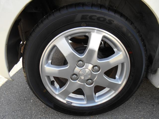 タイヤはヨコハマエコスタイヤで155/65/14インチが付いています!!タイヤ山もまだまだOKで安心です!!