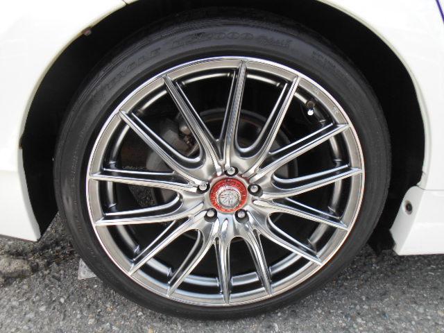 タイヤはグッドイヤータイヤで225/40/18インチタイヤが付いています!!タイヤ山もまだまだOKで安心です!!