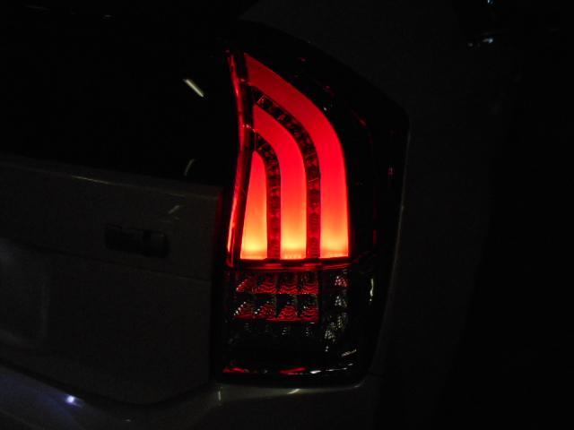 外品LEDテールレンズです!!