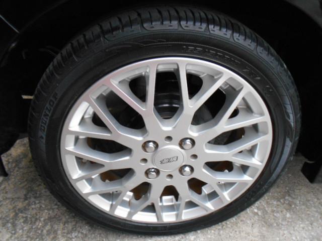 タイヤはダンロップエナセーブで165/50/15インチが付いています!!タイヤ山もまだまだOKで安心です!!