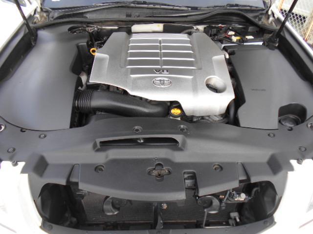 V8 4.6Lエンジンでパワーも申し分ないです!!体感してみてください!!