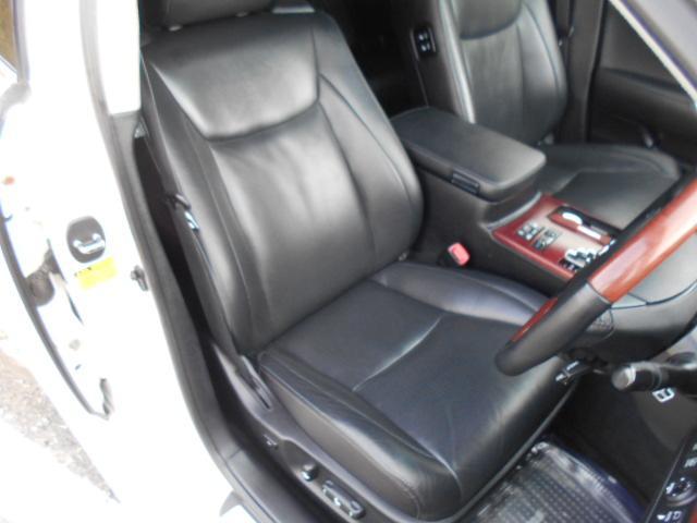 ドライブ席の状態画像です!!とても綺麗な状態です!!
