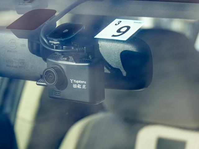 ユピテル製GPSツインカメラドラレコ『DRY-TW7500』付きです。