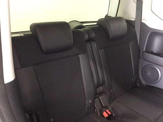 G・ターボLパッケージ ワンオーナー 7インチナビ/Bluetooth・DVD再生・フルセグ対応/ 衝突軽減ブレーキ 両側電動スライドドア リアシートスライド クルーズコントロール 15インチアルミ(9枚目)