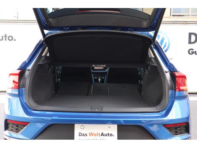 コンパクトなボディサイズでありながら、広々とした居住性とクラストップレベルの445Lの荷室を実現。さらに、後席のシートバックを倒せば最大1,290Lという広大な空間になります。
