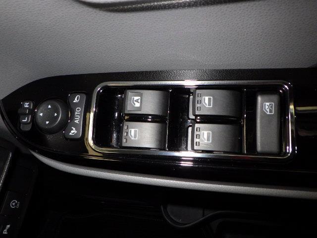 カスタムX 衝突被害軽減システム 両側電動スライド LEDヘッドランプ フルエアロ アイドリングストップ(14枚目)