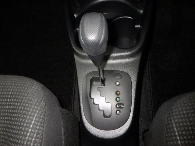 F ワンセグ メモリーナビ ミュージックプレイヤー接続可 バックカメラ 衝突被害軽減システム ETC アイドリングストップ(11枚目)