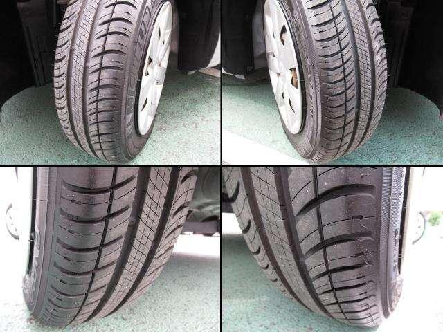 タイヤの状態もご覧のように十分、溝が残っています!
