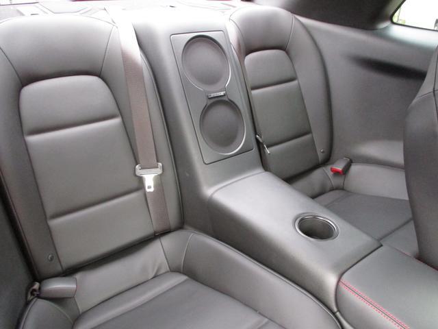 日産 GT-R ブラックエディション