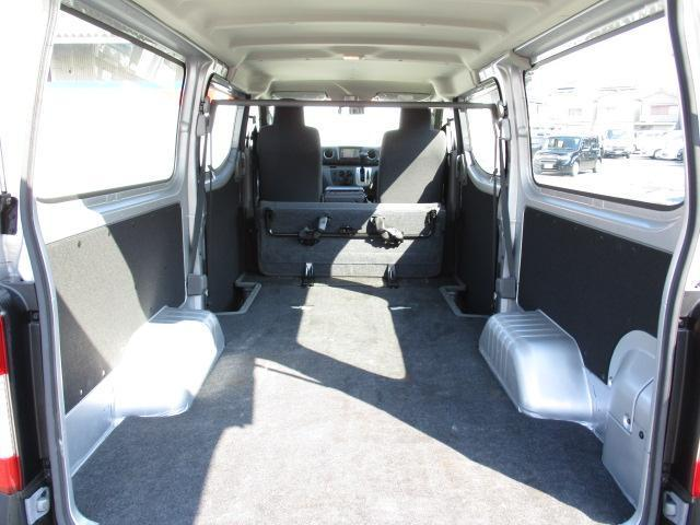 日産 NV350キャラバンバン ガソリン 6人 DX 低床 メモリーナビ フルセグTV