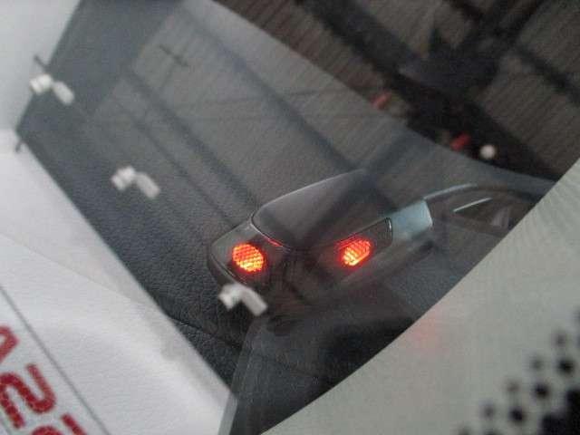 愛車を見守るカーアラーム搭載☆