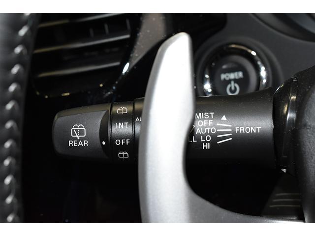 オールブラックスエディション スマホ連携ナビ 電気温水式ヒーター AC100V電源 全周囲カメラ レーダークルーズ 後側方車両検知システム(22枚目)