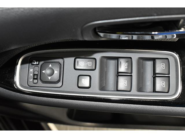 オールブラックスエディション スマホ連携ナビ 電気温水式ヒーター AC100V電源 全周囲カメラ レーダークルーズ 後側方車両検知システム(30枚目)