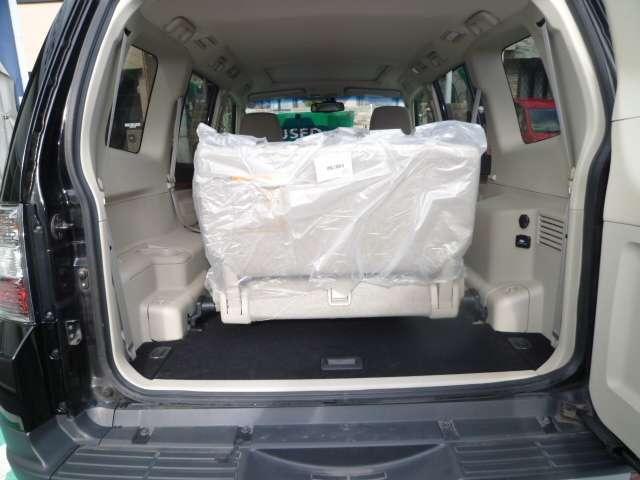 3.0 ロング エクシード 4WD サンルーフ HDDナビ(13枚目)