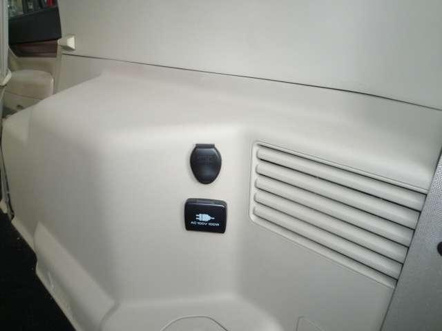 3.0 ロング エクシード 4WD サンルーフ HDDナビ(16枚目)