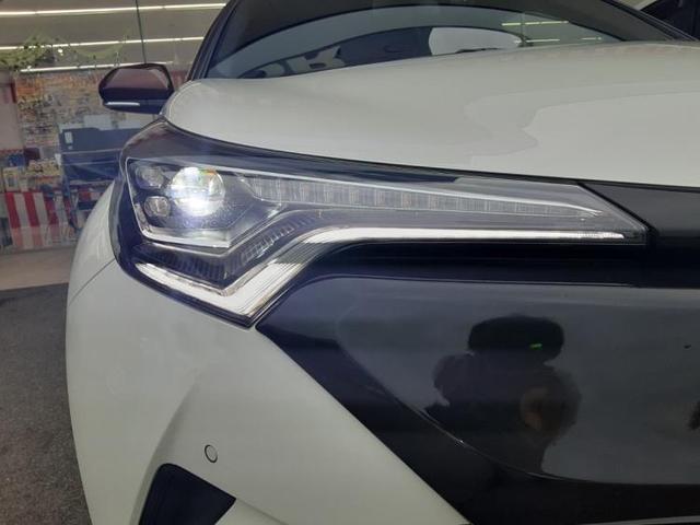 「トヨタ」「C-HR」「SUV・クロカン」「兵庫県」の中古車18