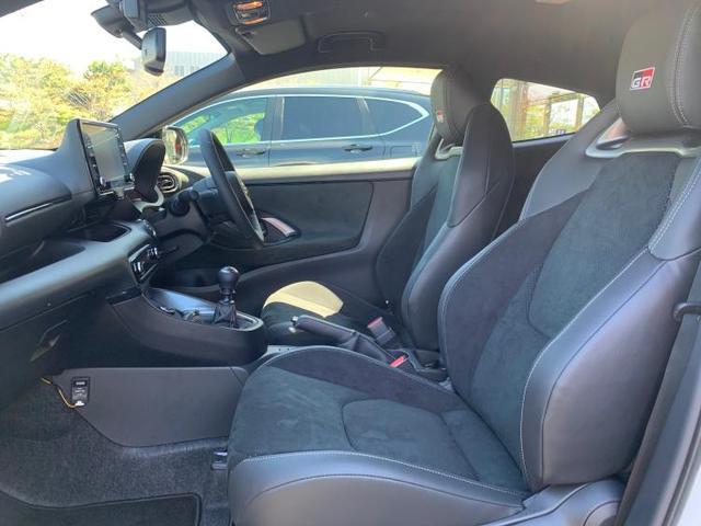 RZハイパフォーマンス 純正 8インチ メモリーナビ/シート ハーフレザー/ヘッドランプ LED/ETC/EBD付ABS/横滑り防止装置/アイドリングストップ/TV/エアバッグ 運転席/エアバッグ 助手席 バックカメラ(5枚目)