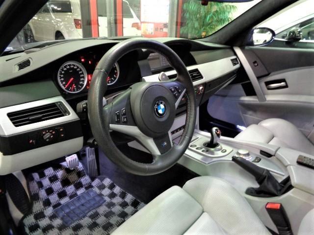 「BMW」「BMW M5」「セダン」「大阪府」の中古車17