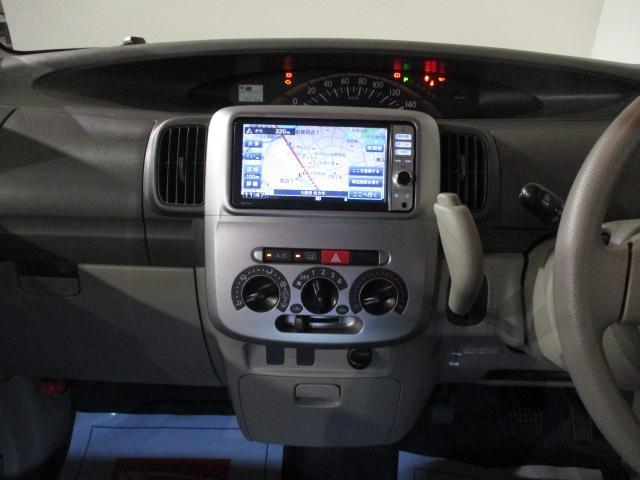 L 純正フルセグナビ・CD/DVD・ブル-トゥ-ス・CVT車・フル装備・リモコンキ-・電動格納ドアミラ-・ABS・14インチフルホイ-ルキャップ・マット/バイザ-装備(7枚目)