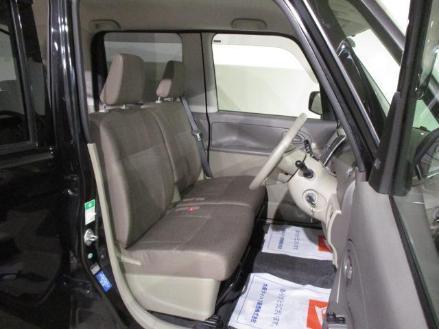L 純正フルセグナビ・CD/DVD・ブル-トゥ-ス・CVT車・フル装備・リモコンキ-・電動格納ドアミラ-・ABS・14インチフルホイ-ルキャップ・マット/バイザ-装備(11枚目)