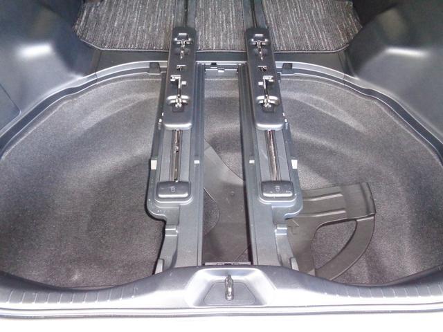 2.5Z Aエディション サンルーフ フルセグ メモリーナビ DVD再生 ミュージックプレイヤー接続可 後席モニター バックカメラ 衝突被害軽減システム ETC 両側電動スライド LEDヘッドランプ 乗車定員7人 3列シート(26枚目)