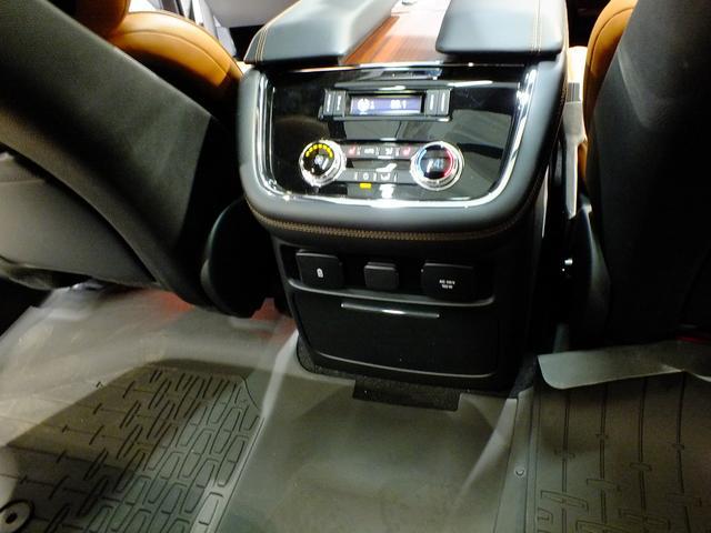 リンカーン リンカーン ナビゲーター L 4WD リザーブ リアエンターテイメント 450hp