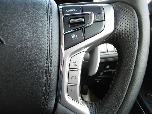 レーダークルーズコントロールで高速道路などを使ったロングドライブもラクラク!