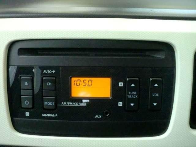 純正CD、FM/AMラジオ一体型デッキ