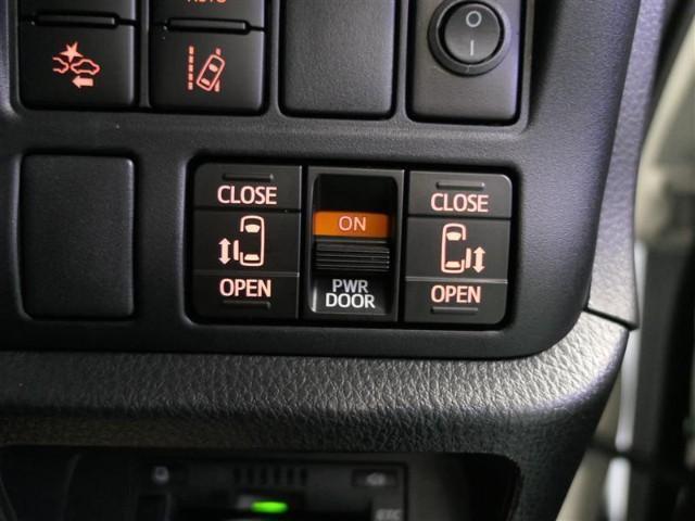 Gi 7人 衝突被害軽減TSS-C アイドリングストップ オートマチックハイビーム レーンディパーチャーアラート シートヒーター LED オートクルーズ SDナビ 両側電動スライドドア ETC(13枚目)