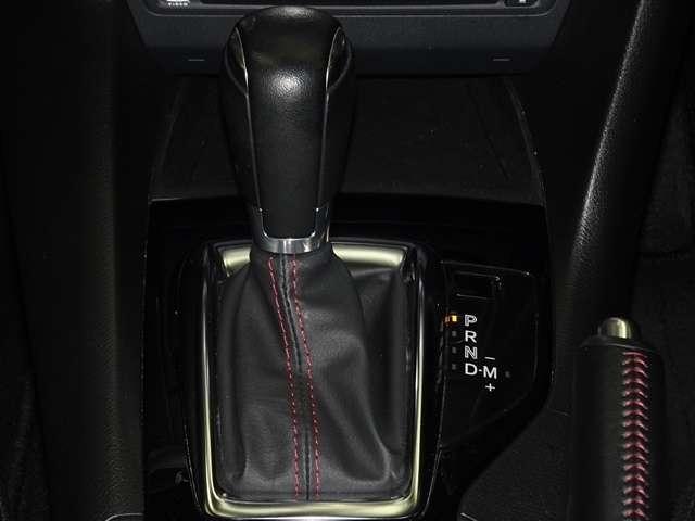 エンジンのパワーを無駄なく伝える「SKYACTIV-DRIVE」を搭載。6速オートマチックで走りと高い燃費性能を両立しています。