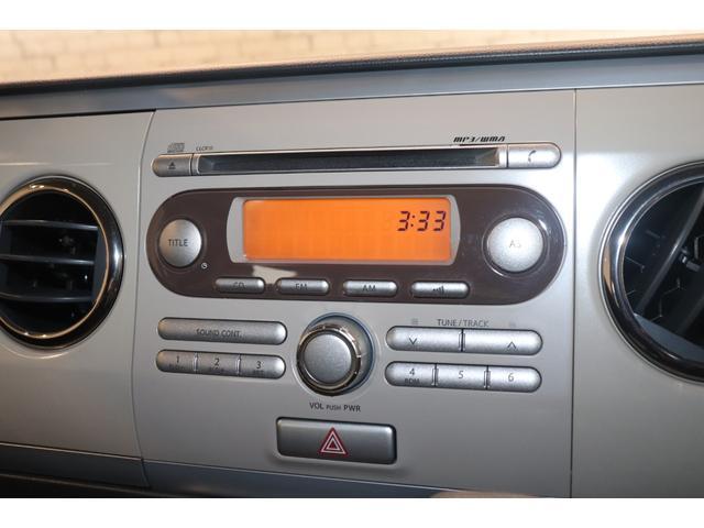 XL 盗難防止システム 衝突安全ボディ アルミホイール アイドリングストップ スマートキー 電動格納ミラー パワーステアリング オートエアコン パワーウィンドウ シートヒーター CD カーラジオ(3枚目)
