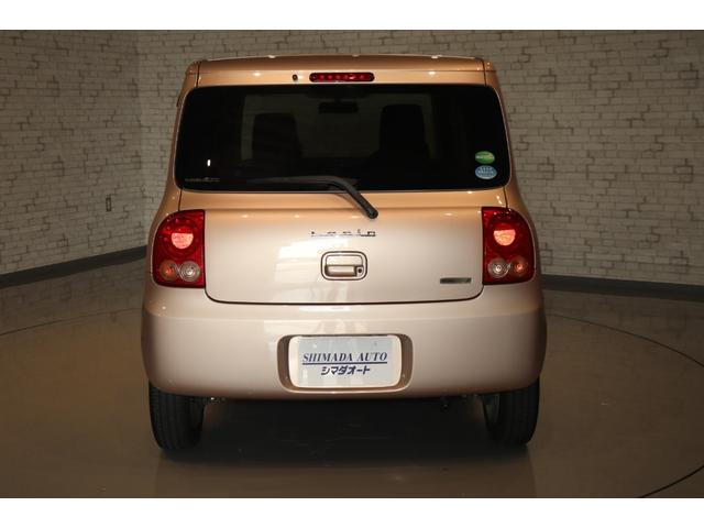 XL 盗難防止システム 衝突安全ボディ アルミホイール アイドリングストップ スマートキー 電動格納ミラー パワーステアリング オートエアコン パワーウィンドウ シートヒーター CD カーラジオ(14枚目)