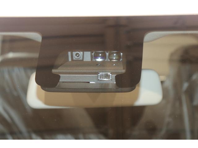 FA 衝突被害軽減システム アイドリングストップ盗難防止システム キーレス 電動格納ミラー オートライト マニュアルエアコン パワーステアリング パワーウィンドウ 運転席エアバック 助手席エアバック ABS(3枚目)