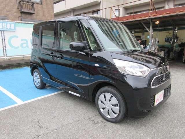 三菱 eKスペース 660 M 4WD 登録届出済未使用車!