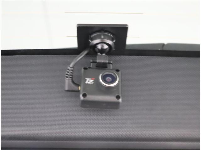 ハイブリッドSi ダブルバイビー フルセグ メモリーナビ DVD再生 バックカメラ 衝突被害軽減システム ETC ドラレコ 両側電動スライド LEDヘッドランプ 乗車定員7人 3列シート ワンオーナー フルエアロ(17枚目)