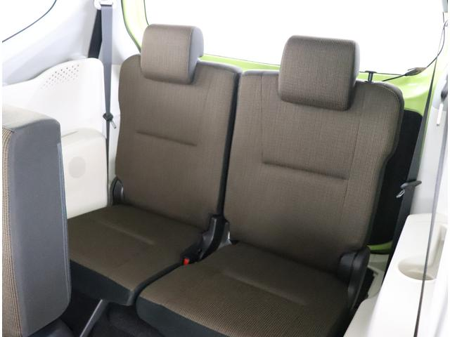 サードシートは収納もjできます!!