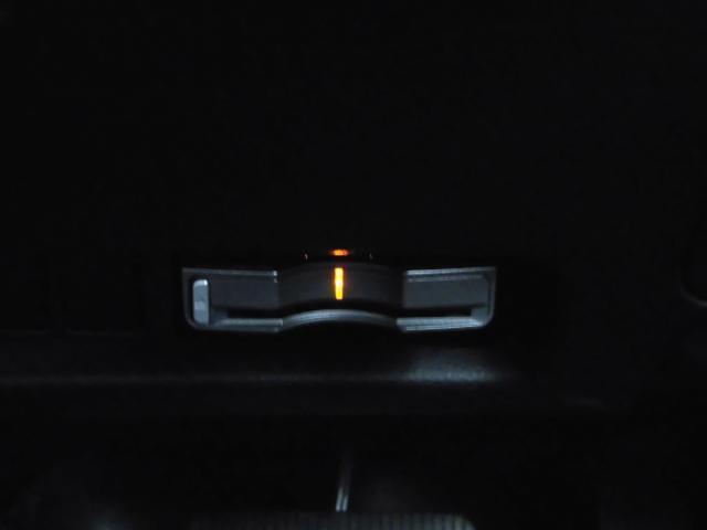 ハイウェイスター 4WD 両側電動スライド・ナビ・ETC(8枚目)