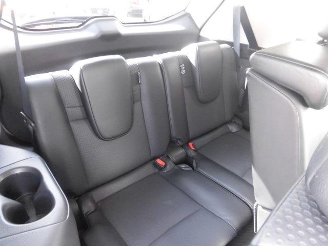 クッション性のしっかりしたシートで、長距離運転も安心ですよ!