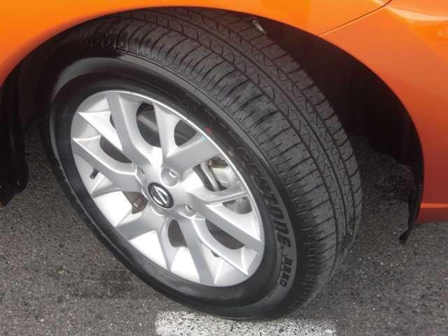 185/65R15 88Sタイヤ&15インチアルミホイール(15×5.5J)