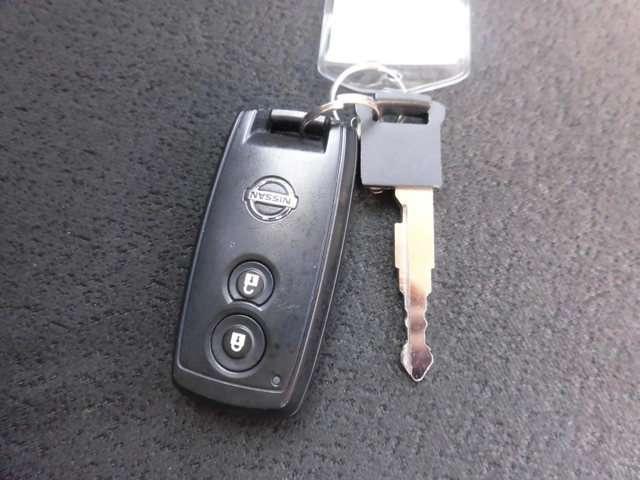 キーをささなくてもドアのロック・アンロックが行えるインテリジェントキーなので、とっても便利です!
