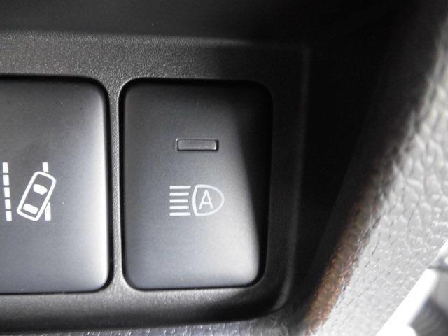 ハイウェイスター X Vセレクション 当社社有車 衝突被害軽減ブレーキ 日産純正メモリーナビ(MM319D-W)アラウンドビューモニター インテリジェントキー 左右オートスライドドア LEDヘッドライト アルミホイール(11枚目)
